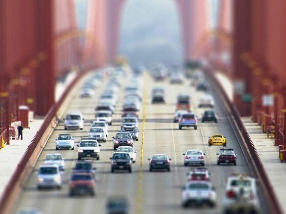 Lissi auf der Golden Gate Bridge (Fake)