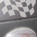 Sticker über dem Blinker